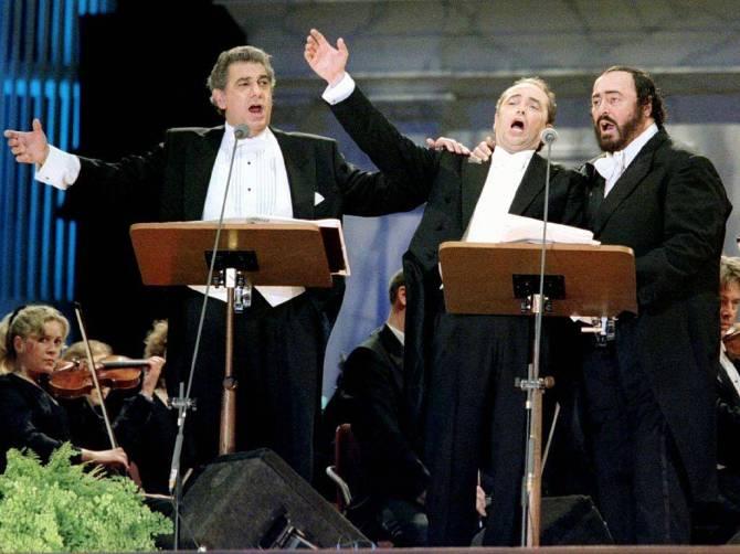 pavarotti1abcd